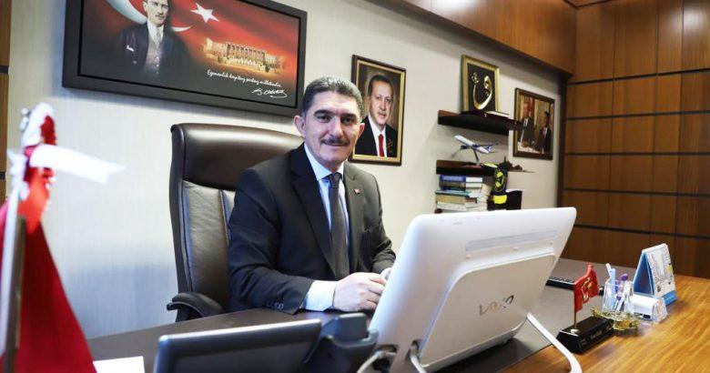 """Milletvekili Çelebi, camilerde """"dombra"""" çalındığı iddiasına yanıt verdi"""