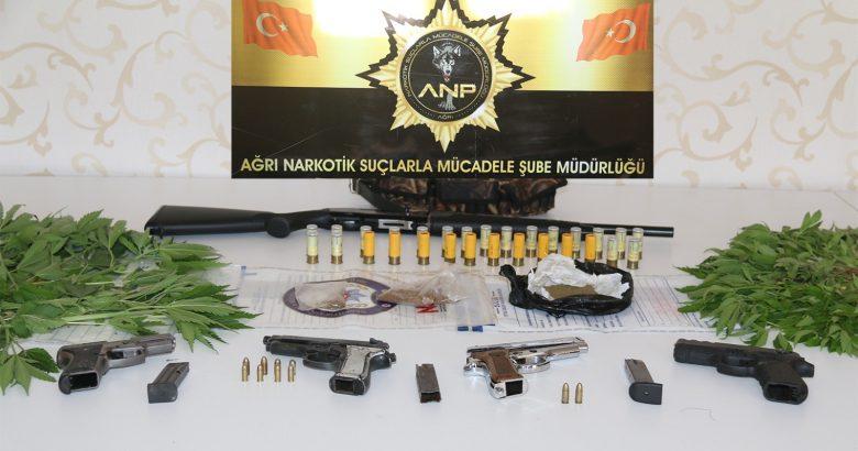 Patnos'ta uyuşturucu operasyonu,16 gözaltı