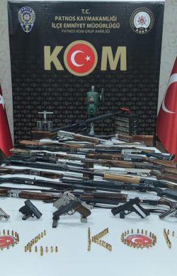 Patnos'ta silah kaçakçılarına operasyon 3 tutuklama