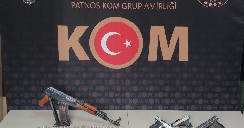 Patnos'ta silah kaçakçılarına operasyon
